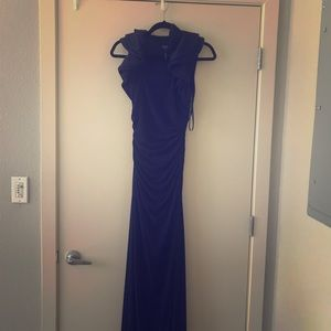 Laundry by shelli segal size 2 navy gown